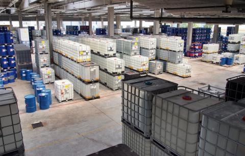 Conoce el nuevo Reglamento de Almacenamiento de Productos Químicos Leonardo Gestión de Residuos